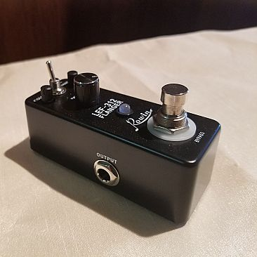 Rowin Flanger Effects Pedals
