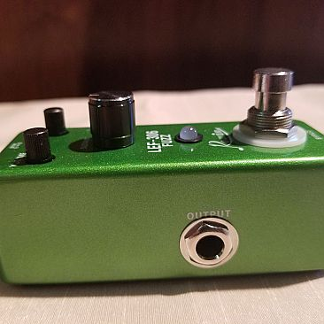 Rowin Fuzz Effects Pedal