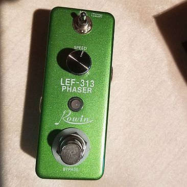 Rowin Phaser Effects Pedal